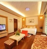 宜蘭--勤禾園民宿 豪華八人套房